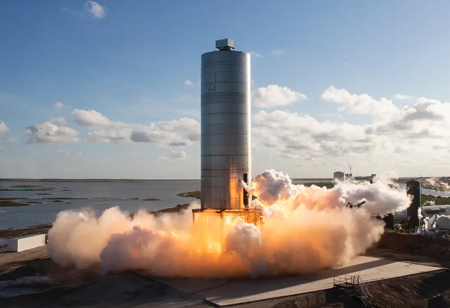 SpaceX Starship Prototype Finally Flies a Brief Hop