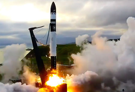 Rocket Lab Postpones Recovery System Enabled Electron Booster